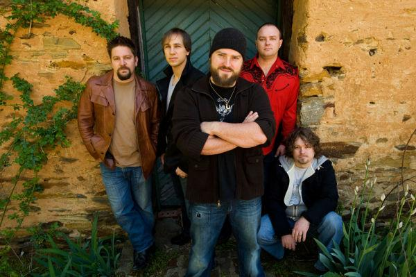 Zac Brown Band.  Photo from the Zac Brown website.